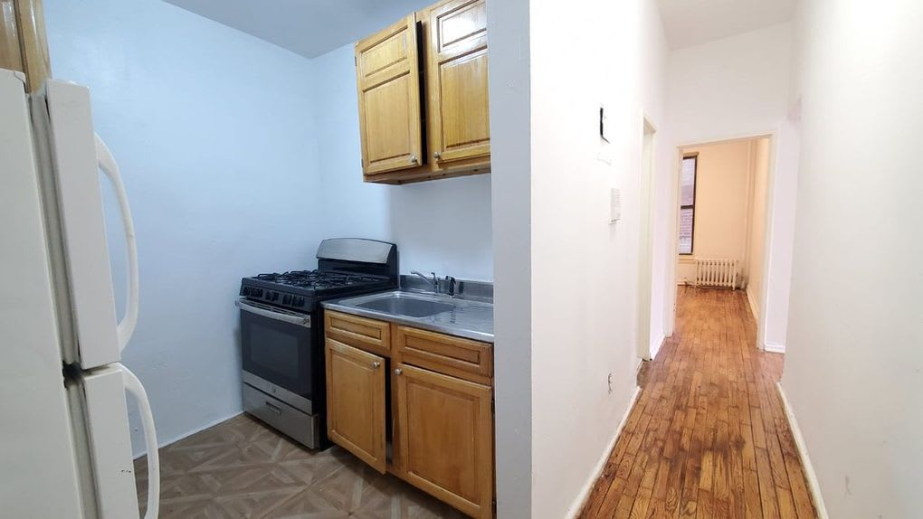 81 West 127th Street #1-A photo