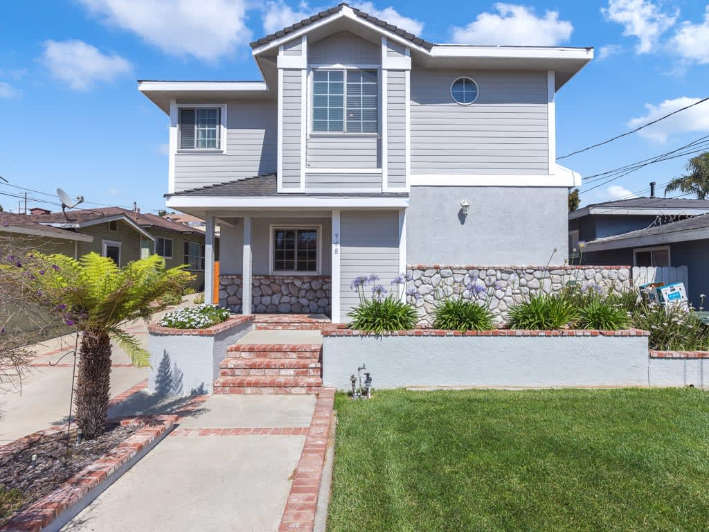 948 Loma Vista St