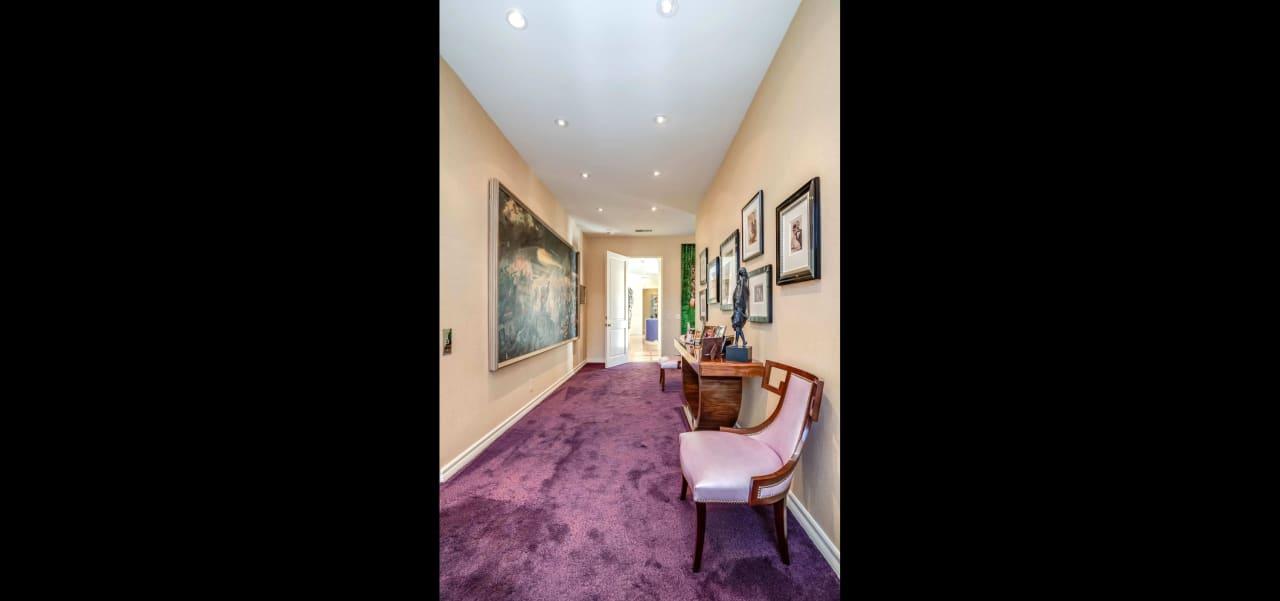 Elegant Century Woods Villa