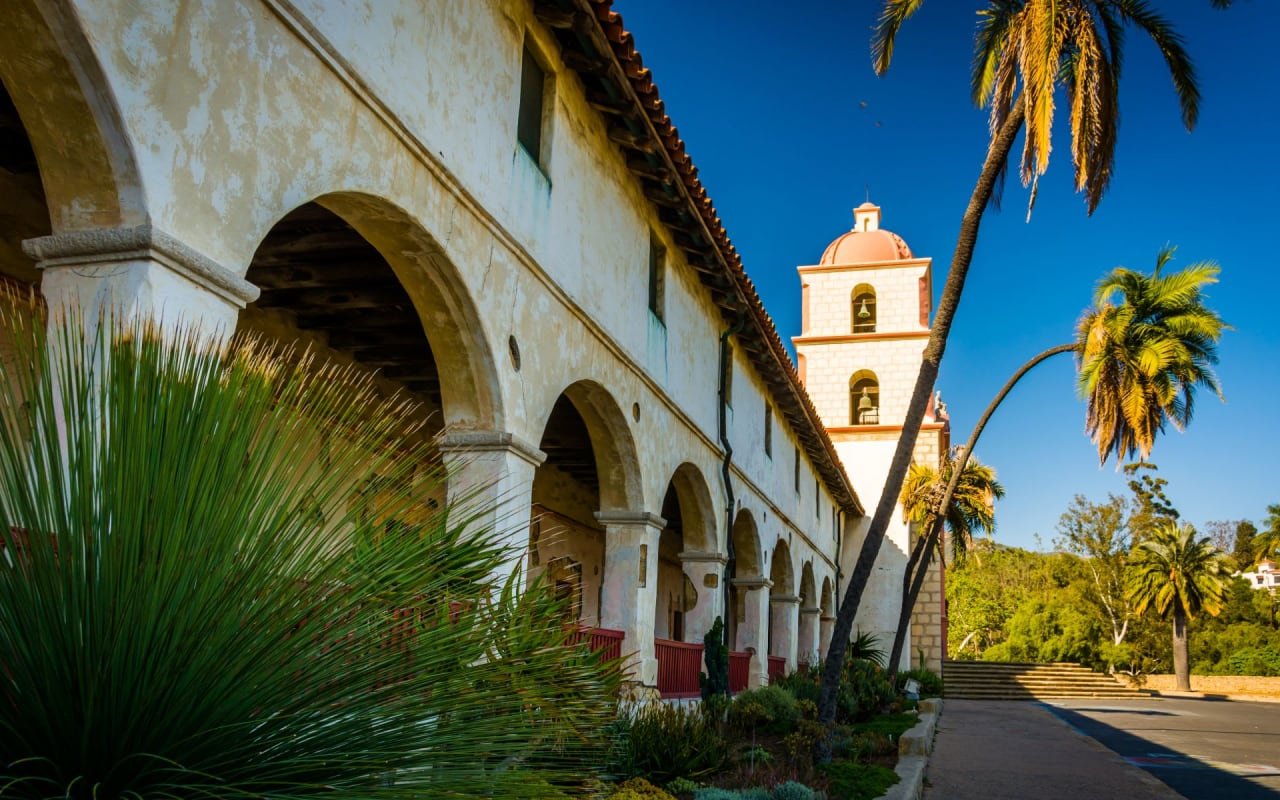 The Santa Barbara Guide
