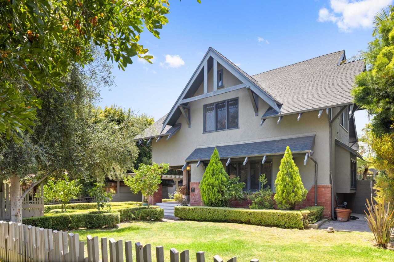 Turn of the Century Craftsman in Historic Hollywood Grove