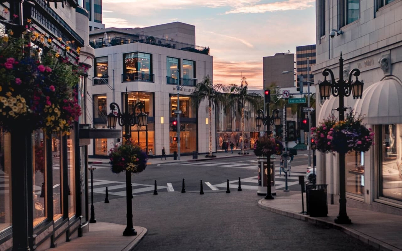 Beverly Hills Flats