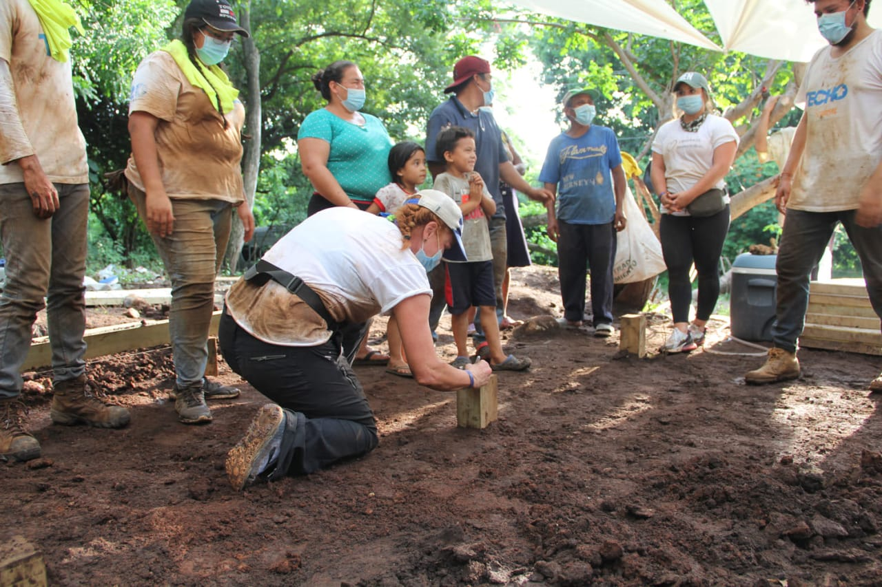 Jessica Northrop Group.- Giveback Homes - El Salvador 2021