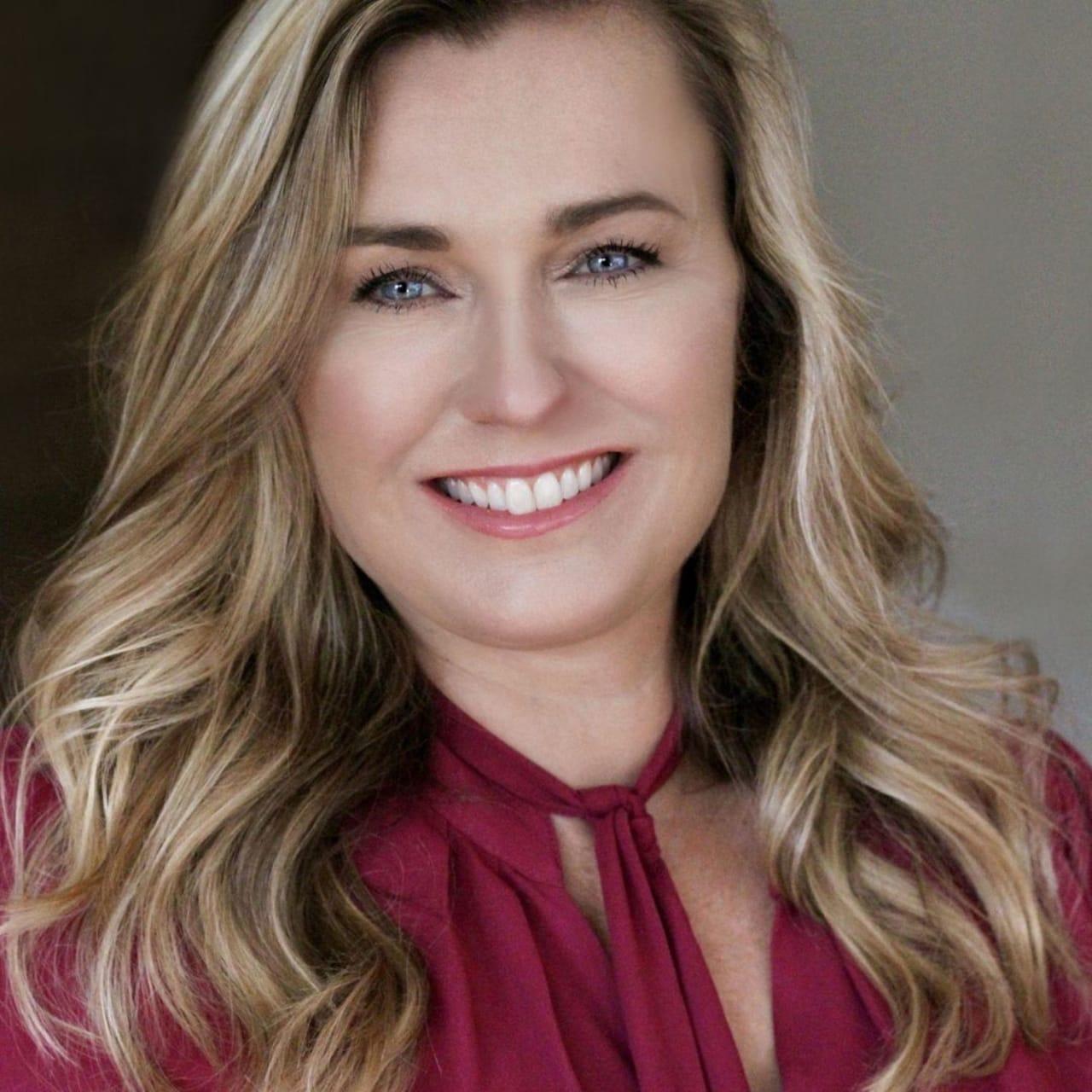 Suzanne Dyer