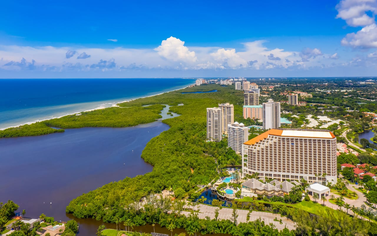 Why People Love Moving to Pelican Bay