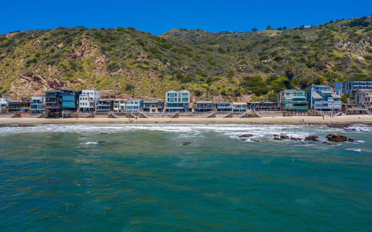 Las Flores Beach