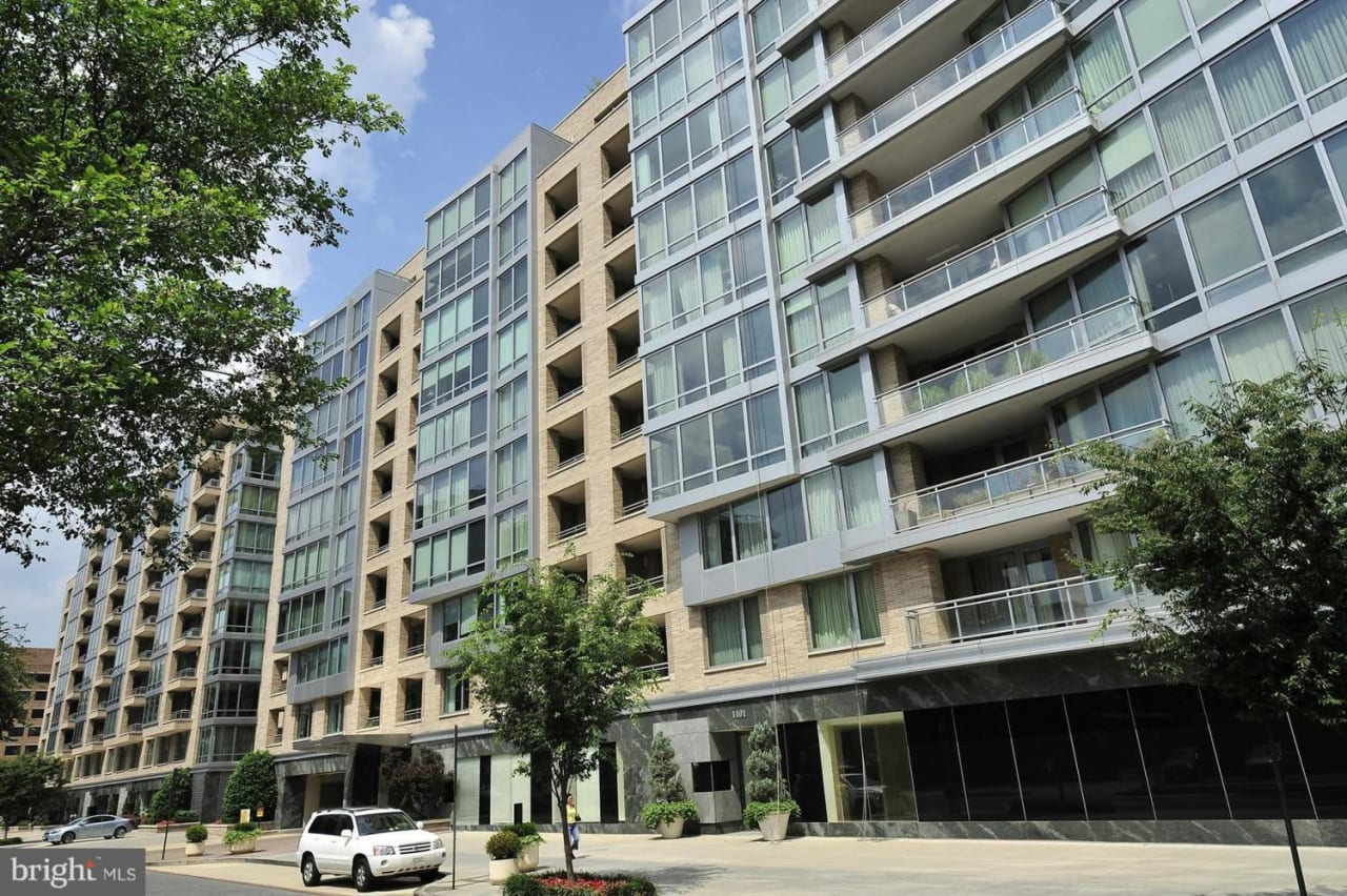 1111 23rd St NW, #3B