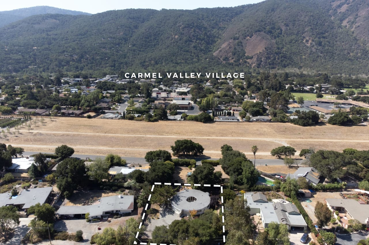 Carmel Valley Escape - 95 Ford Road