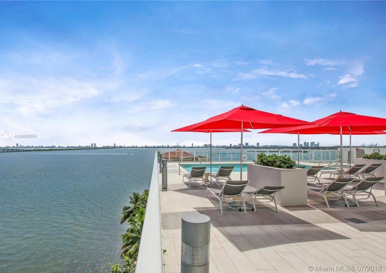 THE CRIMSON Miami, FL