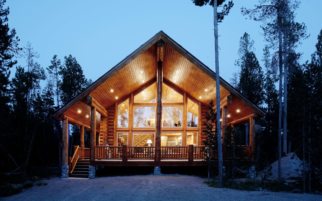 Co-owning a Cabin: Should I Buy a Property With Family or Friends? cover
