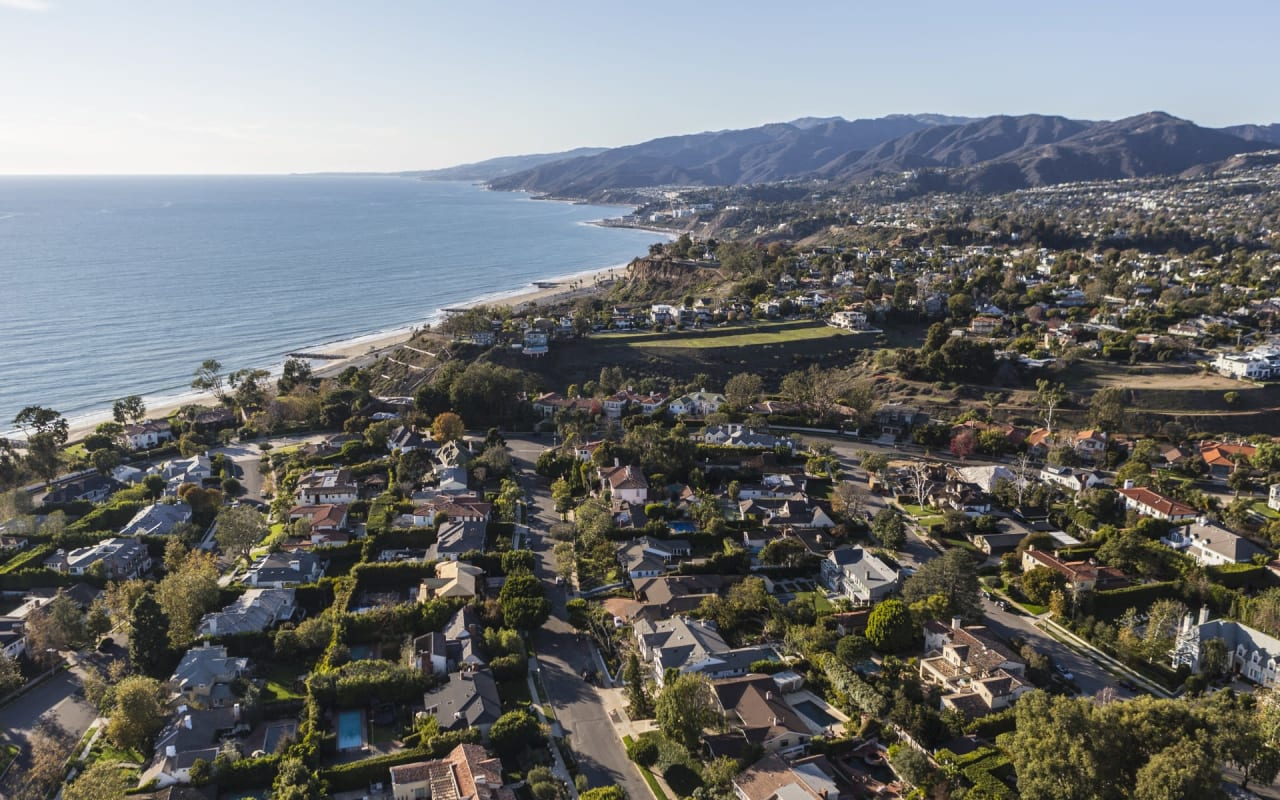 SoCal vs. NorCal: Which One is Right for You?