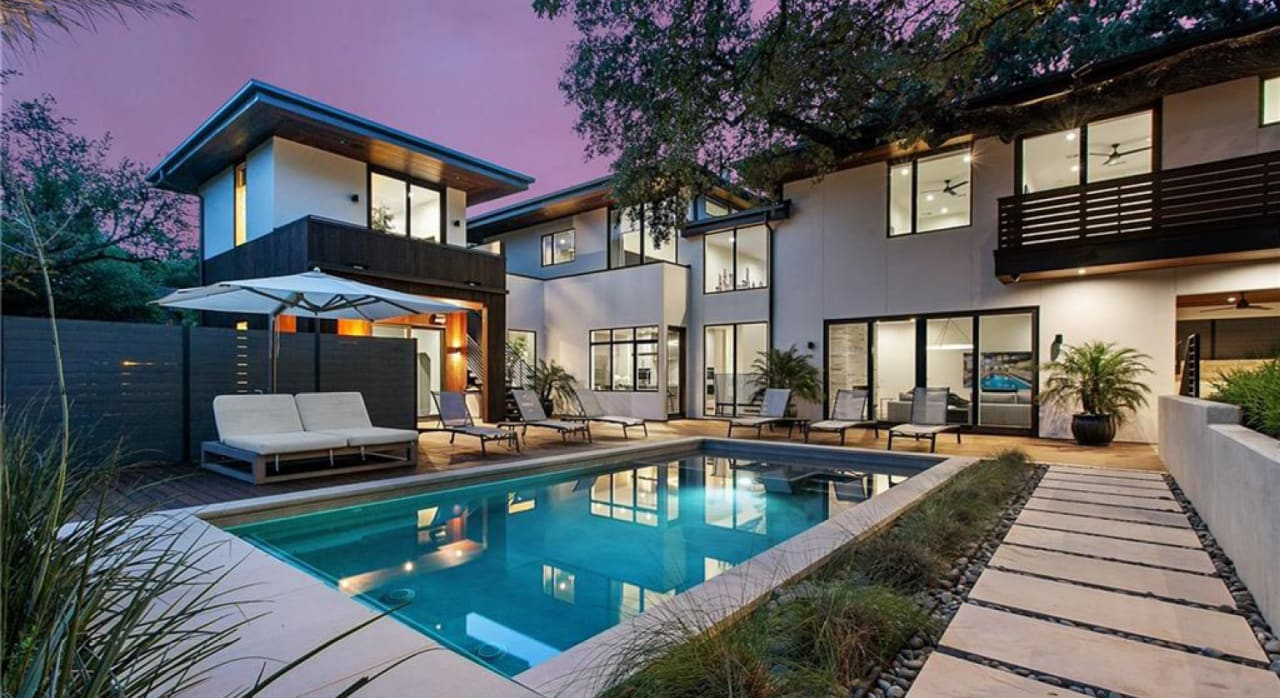 10 Luxury Homes in 5 Excellent Austin School Districts cover