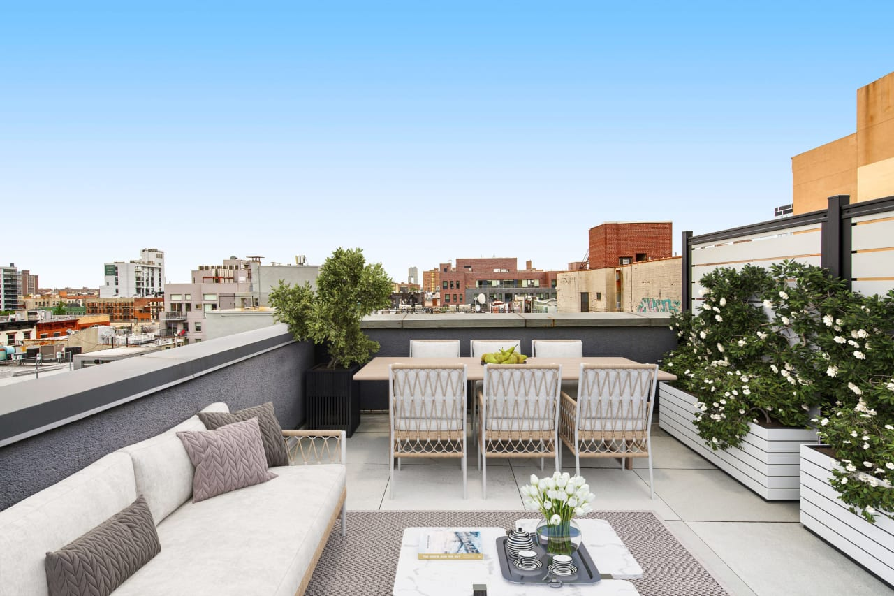 IN CONTRACT | RESIDENCE 5A