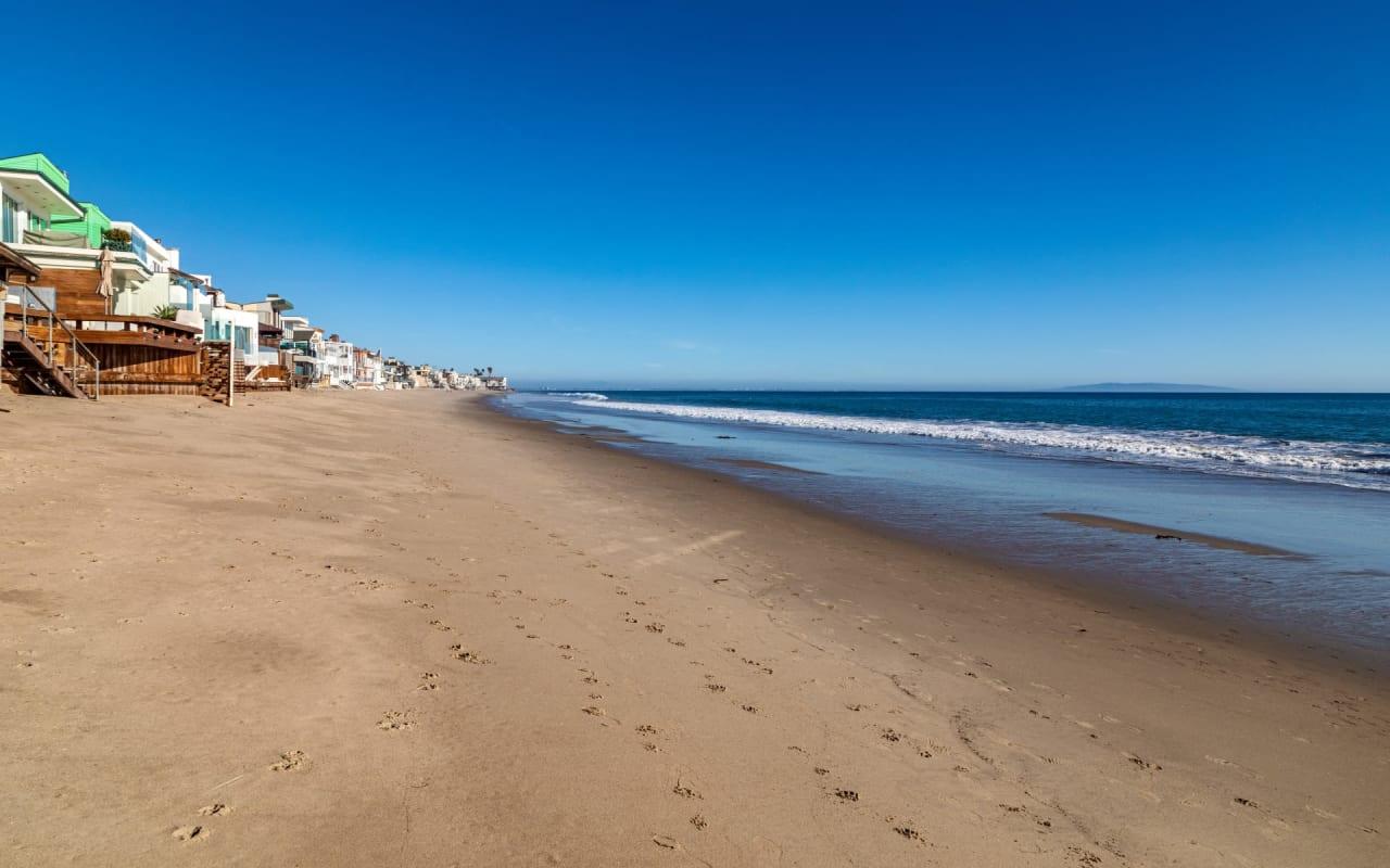 La Costa Beach