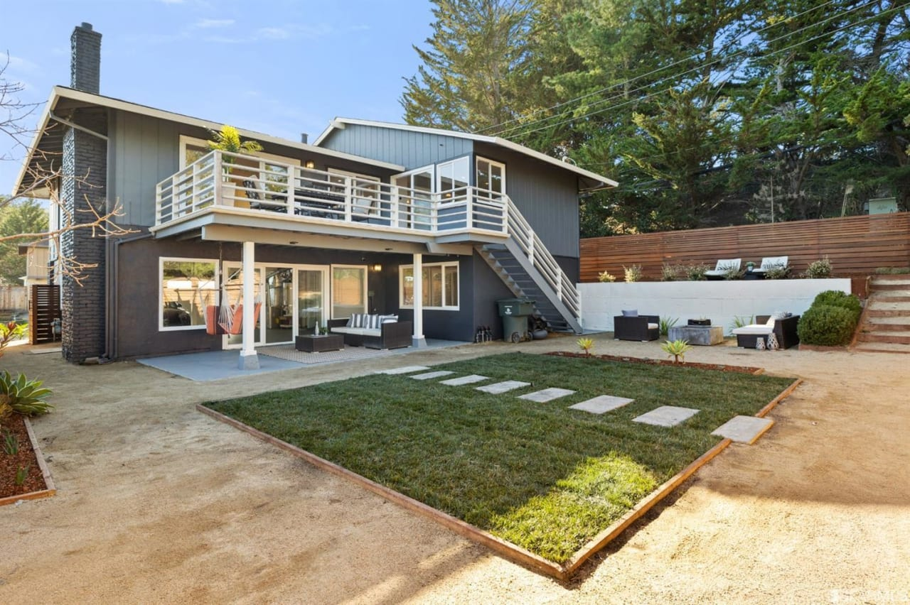 280 Amador Ave