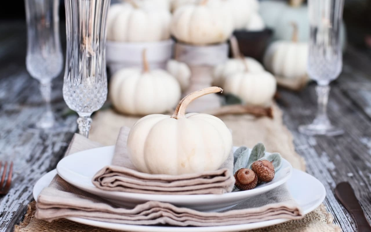 15 Home Decor Items for Your Hamptons Home This Fall