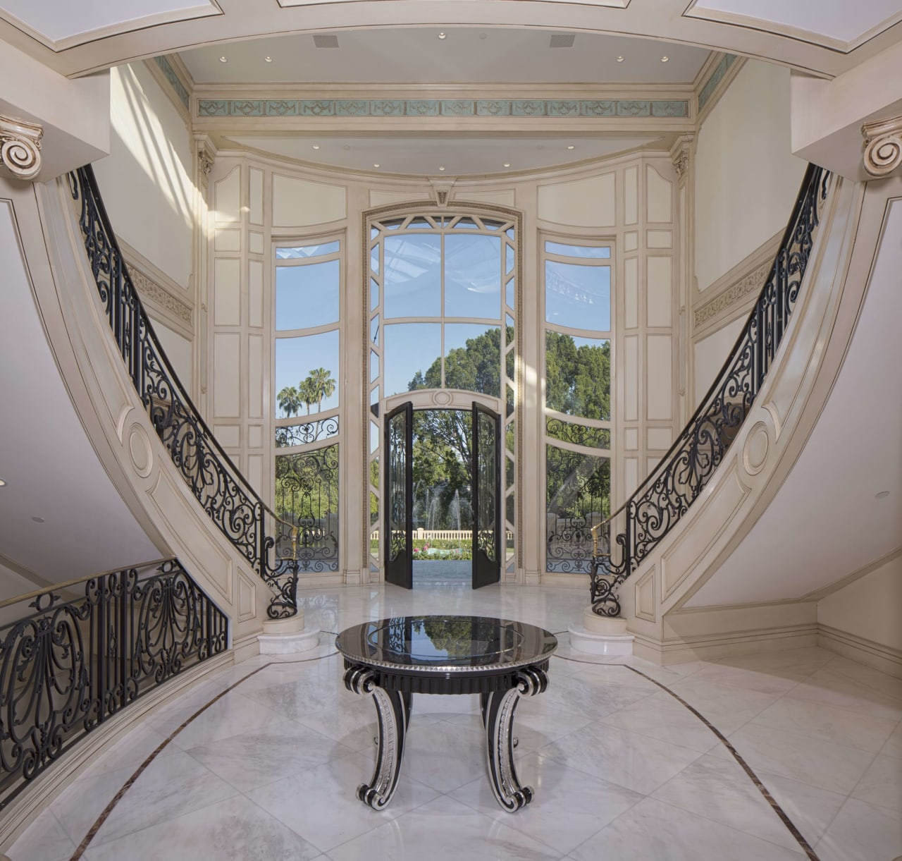Beverly Hills Chateau