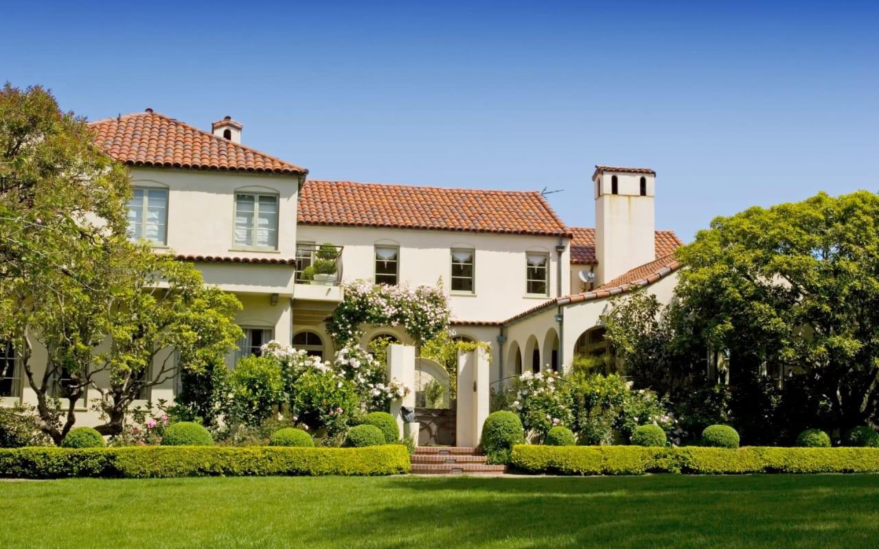 A Seller's Dream: Khloe Kardashian's Calabasas Casa Sells for $15.5M