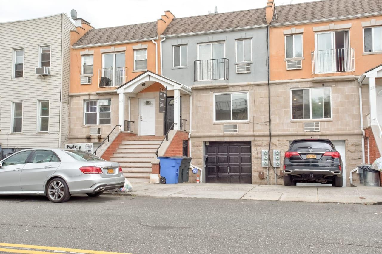 235A Cooper Street