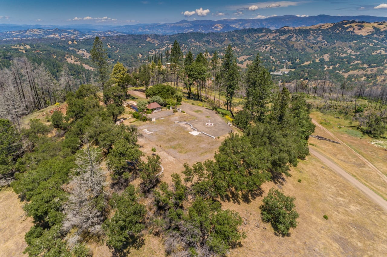SOLD | 2025 Redwood Hill Road