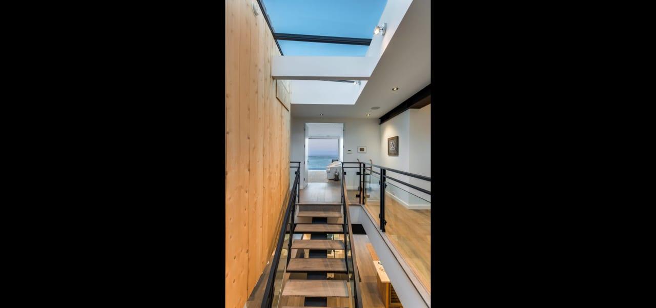 Stunning Contemporary in Malibu Cove Colony