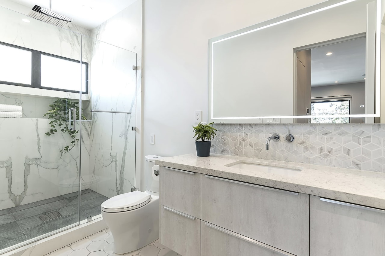 Exceptional New Construction in Silver Lake