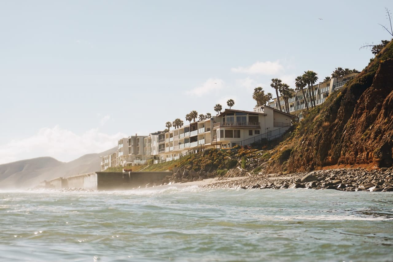 Things to Consider When Buying a Beach Home