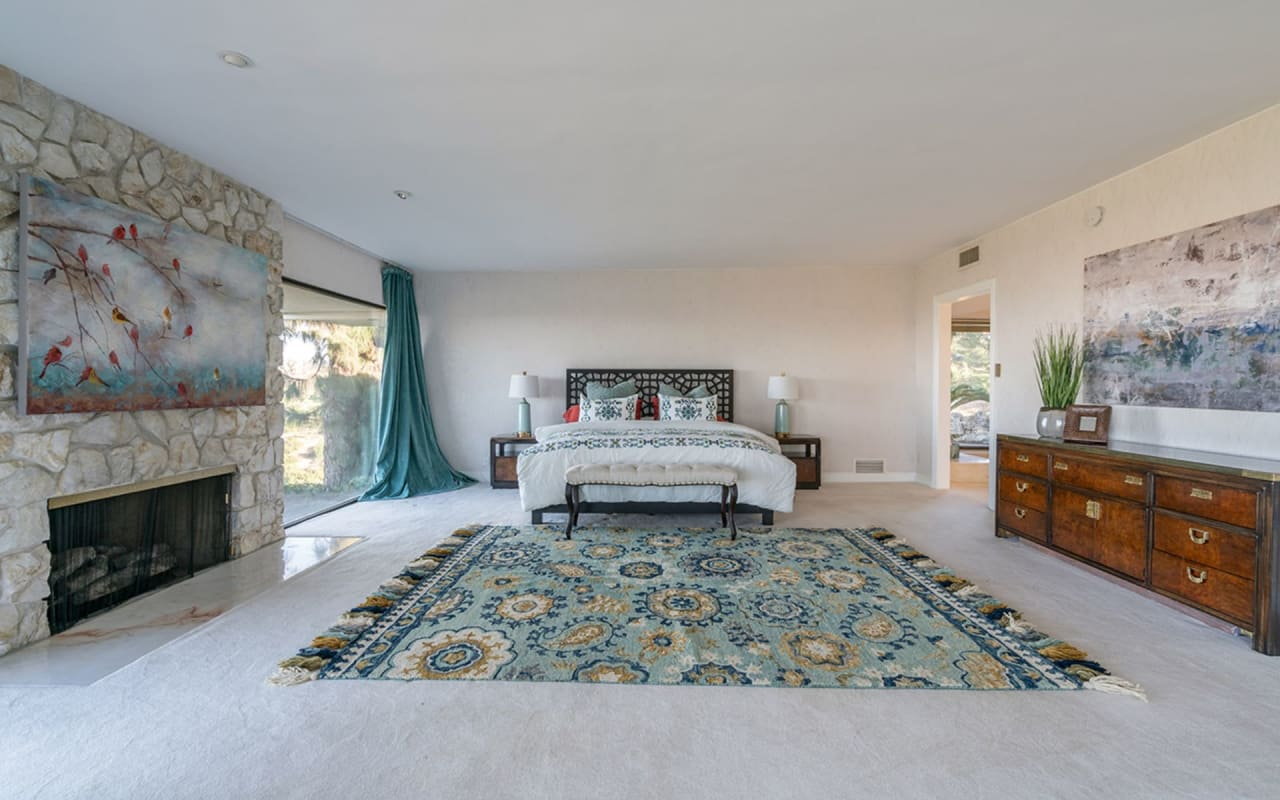 Unobstructed and panoramic views in Rolling Hills