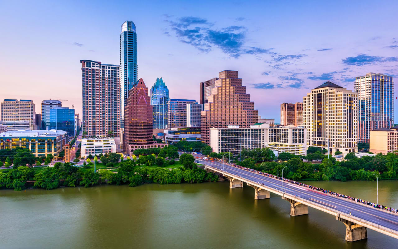 I'm Back in Austin, and I'm With Douglas Elliman!