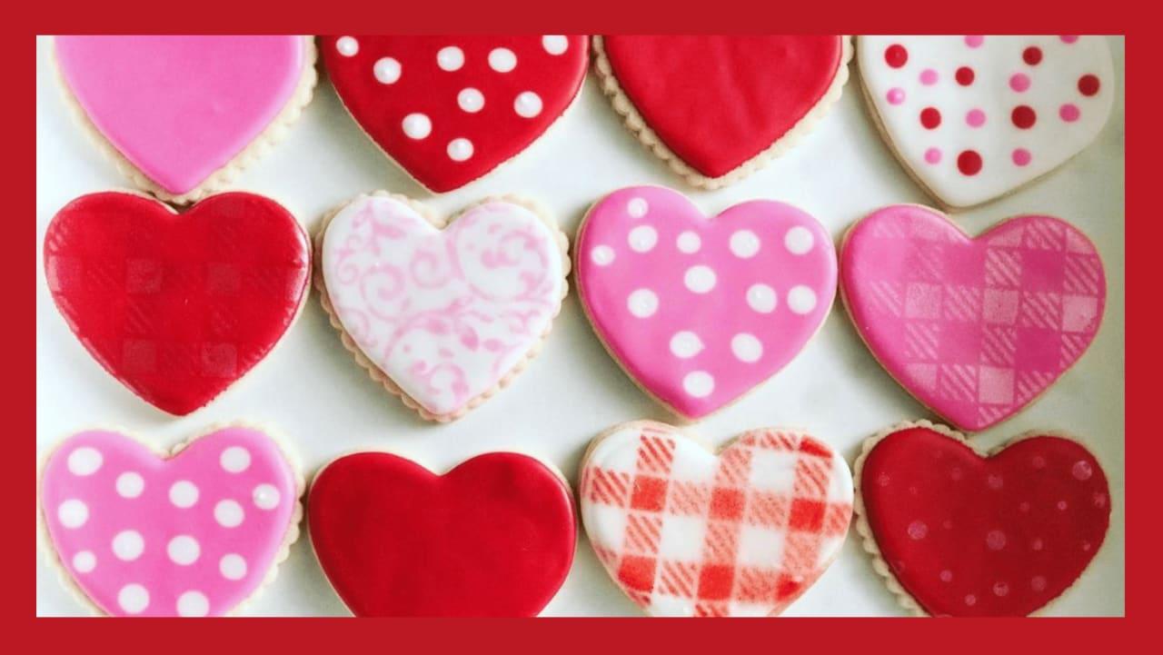 We're Hosting: ECCO Food Drive + Valentine's Day Cookie Giveaway!!