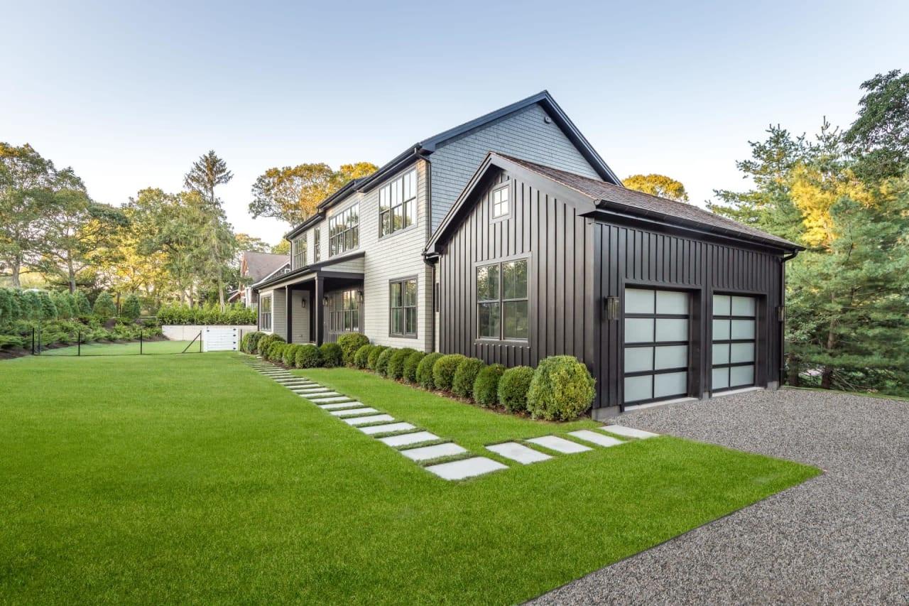 New Construction Modern Farmhouse in Southampton Shores Community