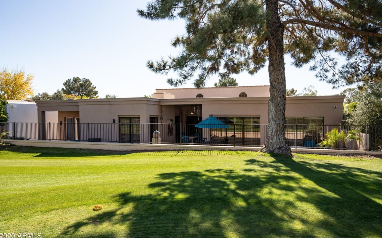 2737 E Arizona Biltmore Cir, #8