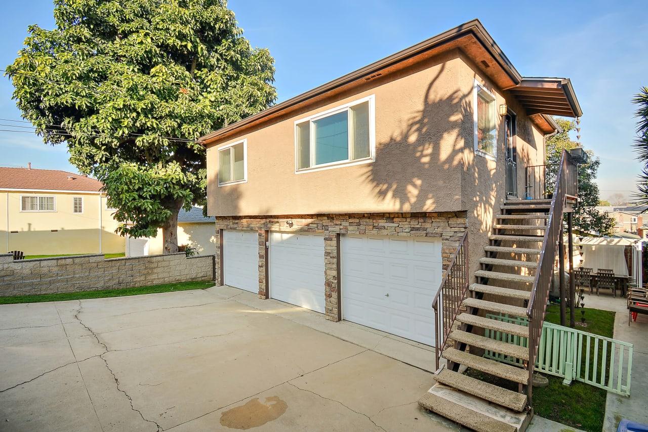 742 Loma Vista
