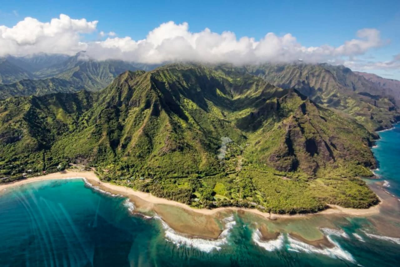 8 Can't-Miss Local Businesses in Kauai