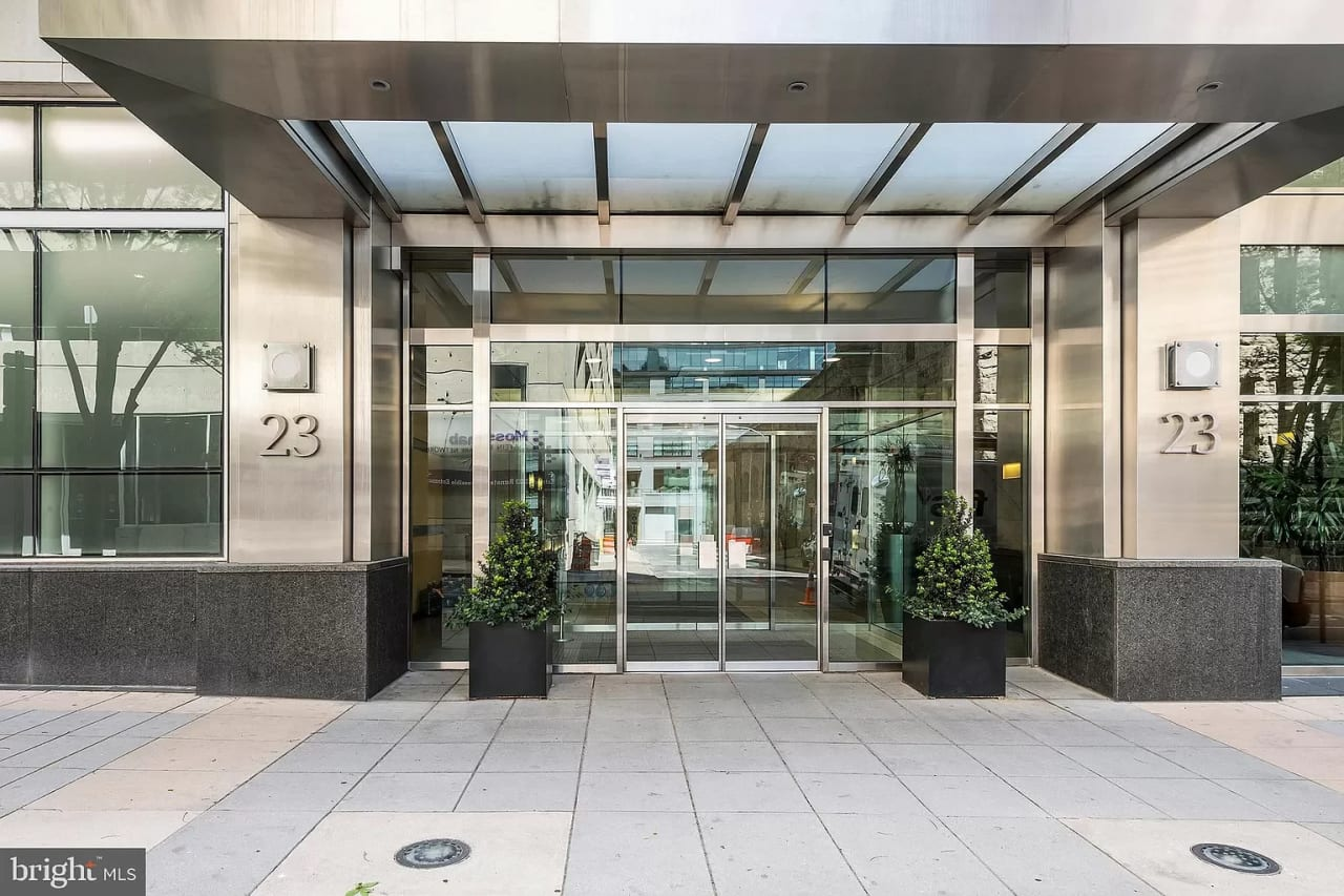 23 S 23rd St, #6A