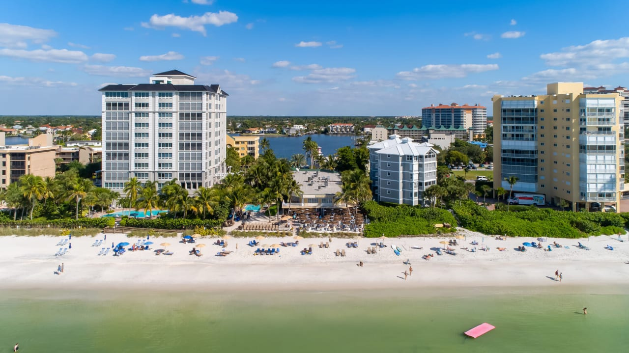 From Port Royal to Mediterra: Which Southwest Florida Neighborhood is Right for You?
