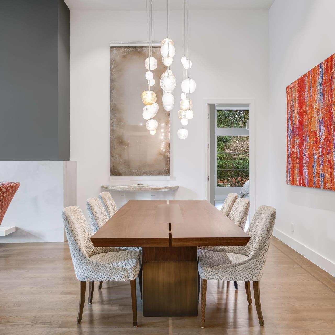 Dining Room image 11