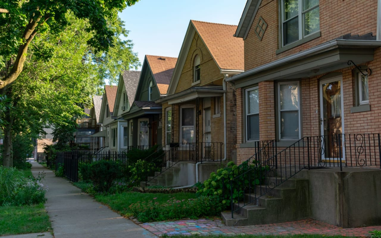 Should You Invest In Chicago Real Estate?