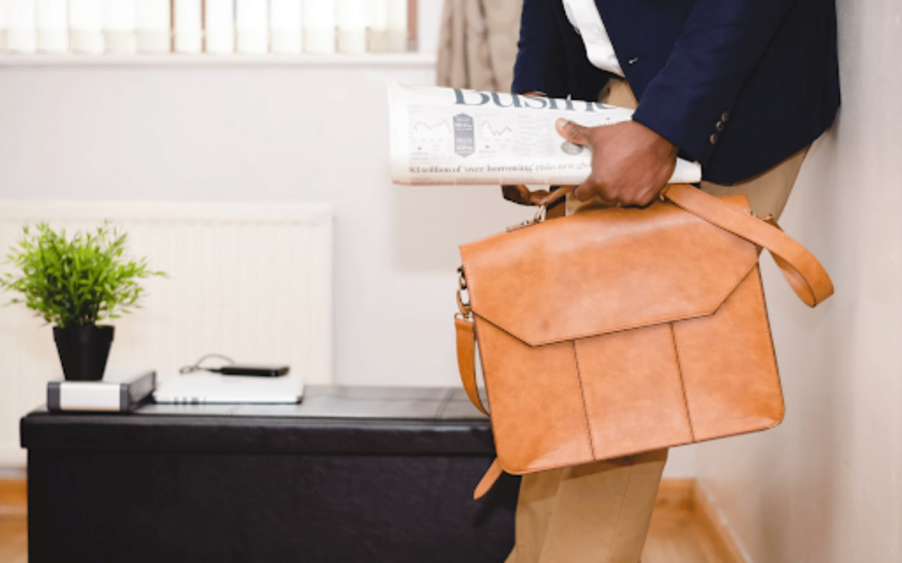 How Working with an Agent Can Improve Your Buying or Selling Experience