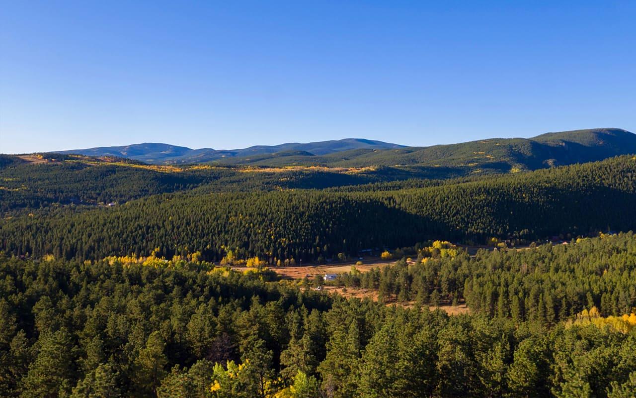 Caribou Ridge, 16 Ridge View Road photo