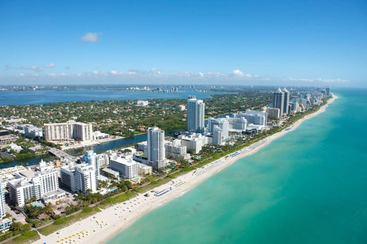 From Coral Gables to Hibiscus Island, Which Miami Beach Community is Right For You?