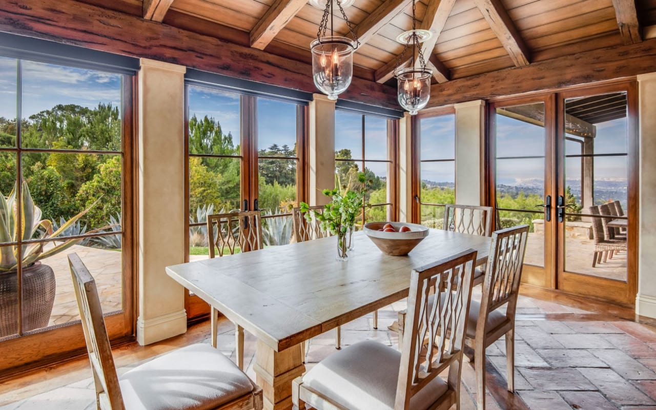 Panoramic views in Rolling Hills