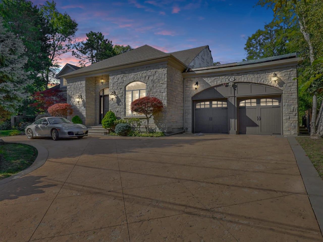 Build New Amongst Multi-Milliondollar Residences!