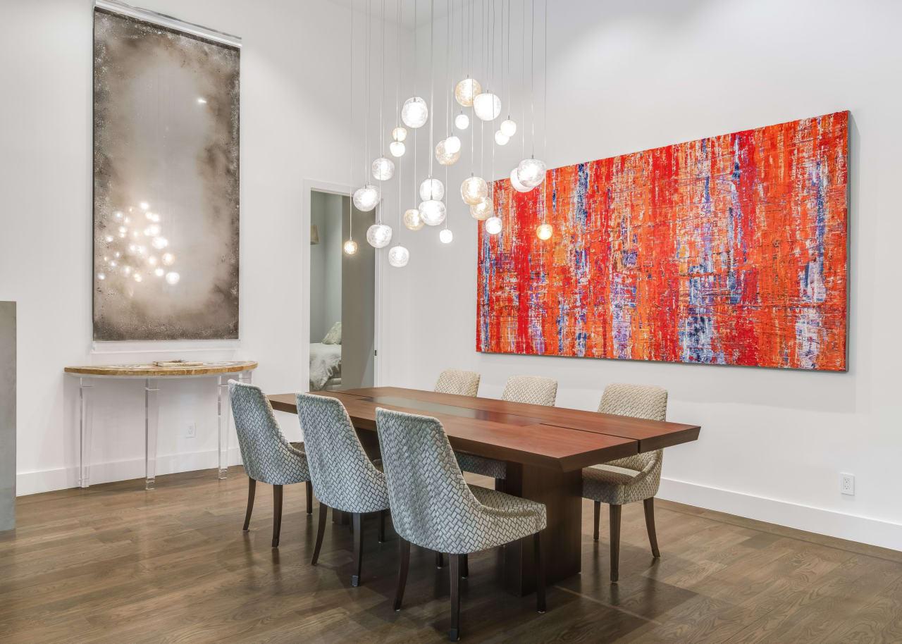 Dining Room image 10