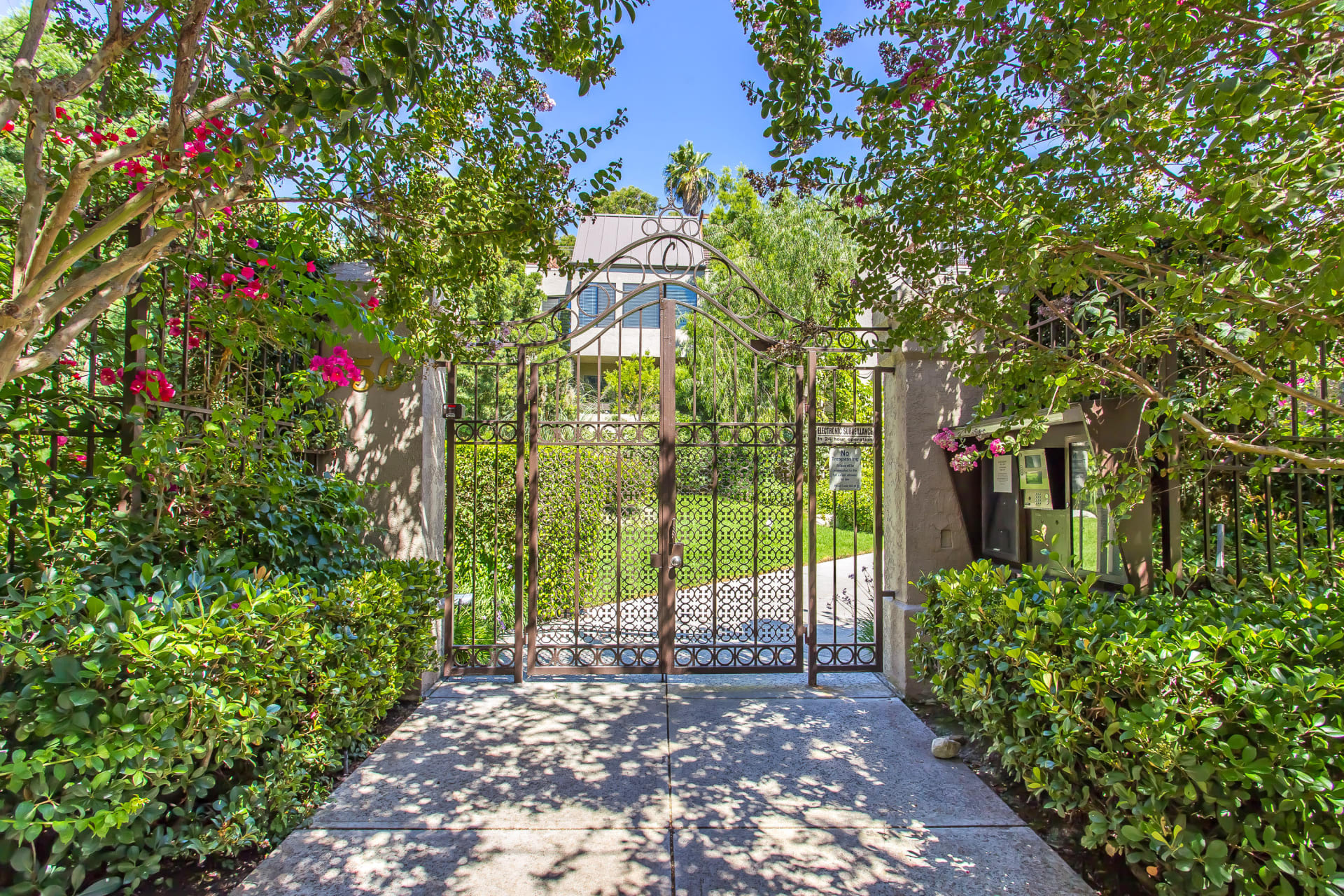 The Courtyards of West Hollywood photo