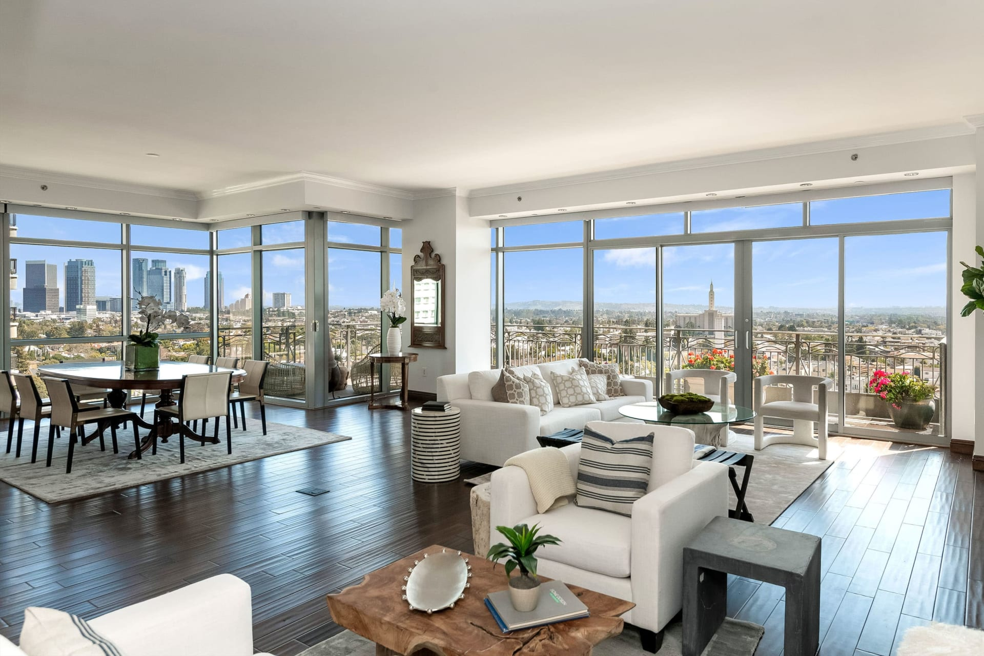 Gorgeous Condominium in the Californian
