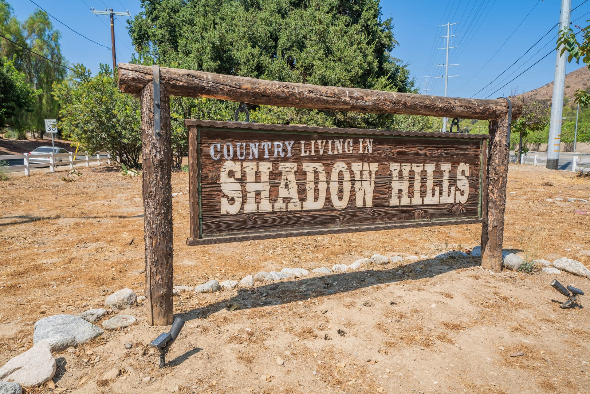 A Lil Bit O' Country in Shadow Hills photo