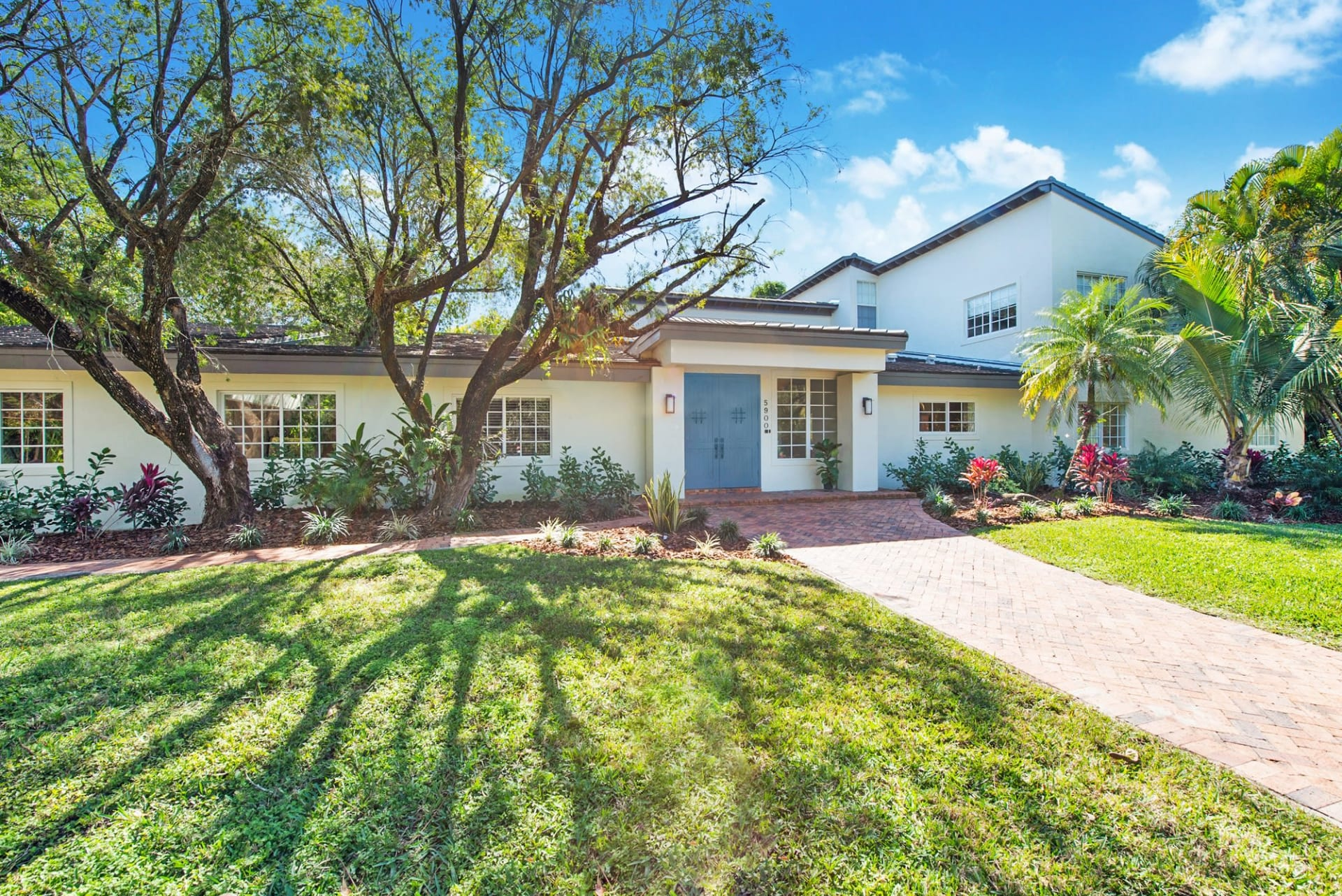 Gorgeous and Completely Renovated Estate | 5900 SW 100 Terrace video preview
