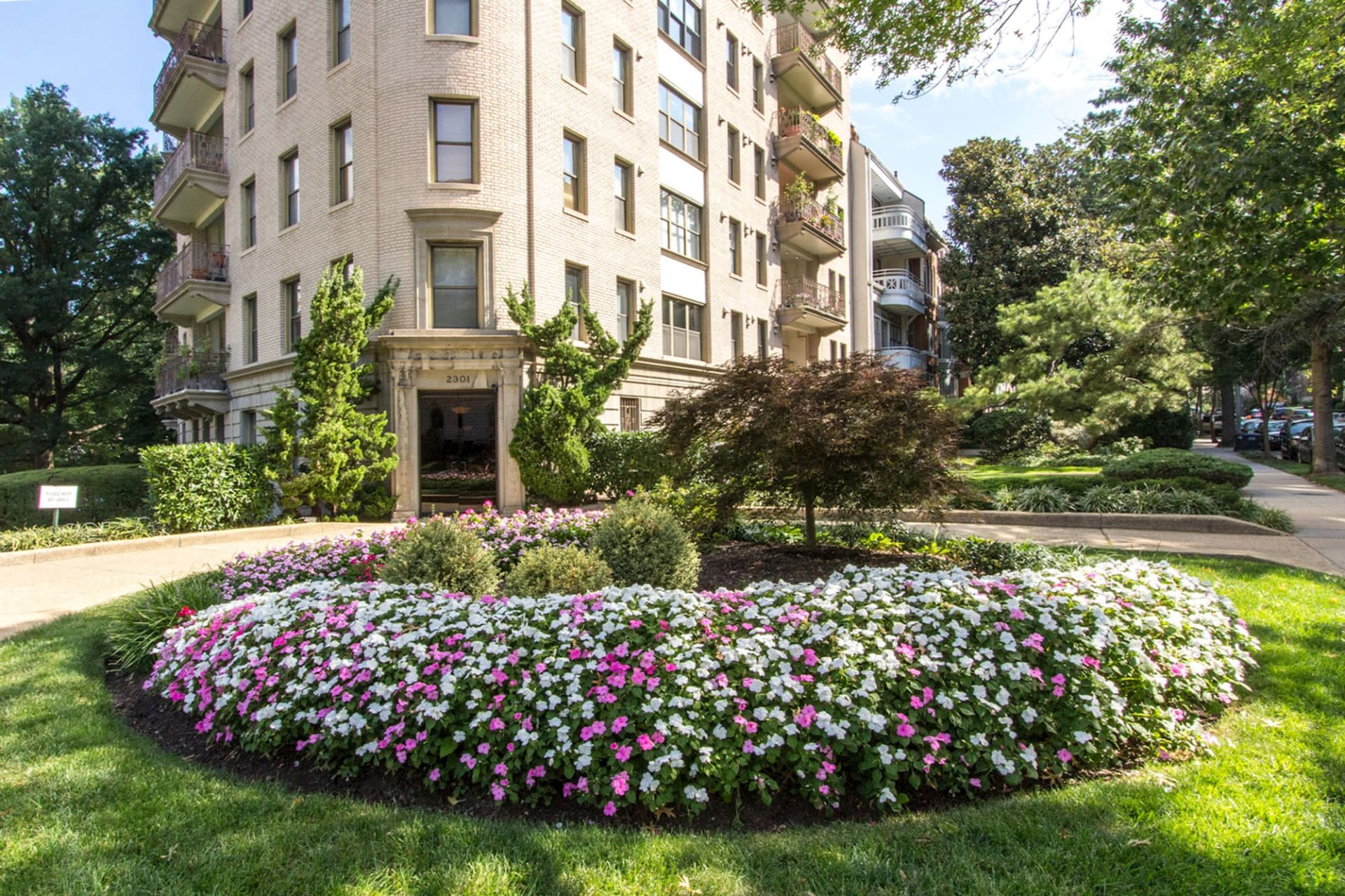 2301 Connecticut Ave NW, #2C
