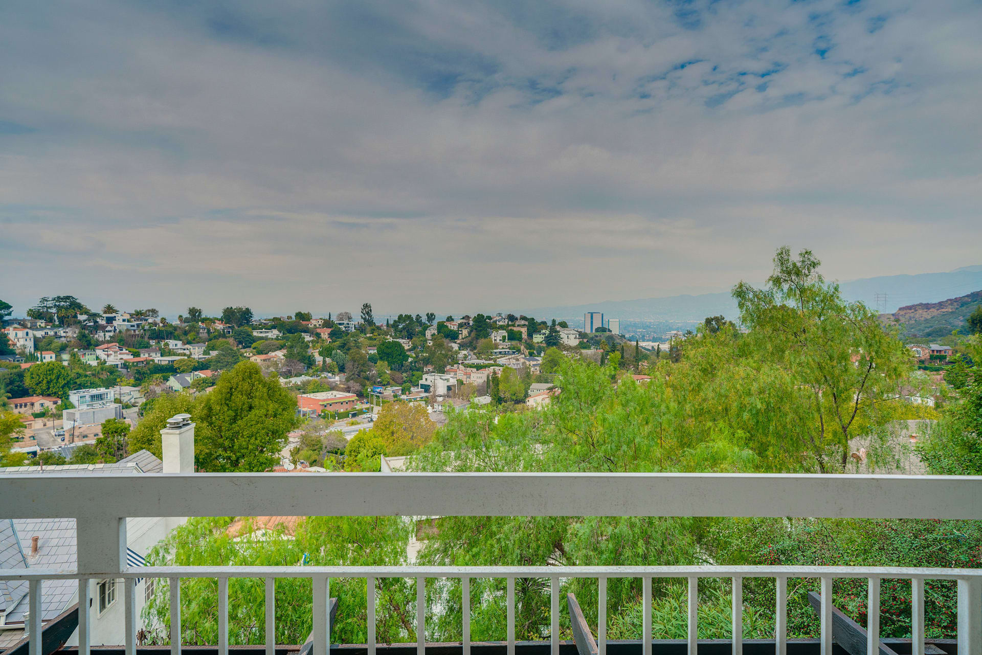 Mid Century with Potential in Lovely Lake Hollywood photo